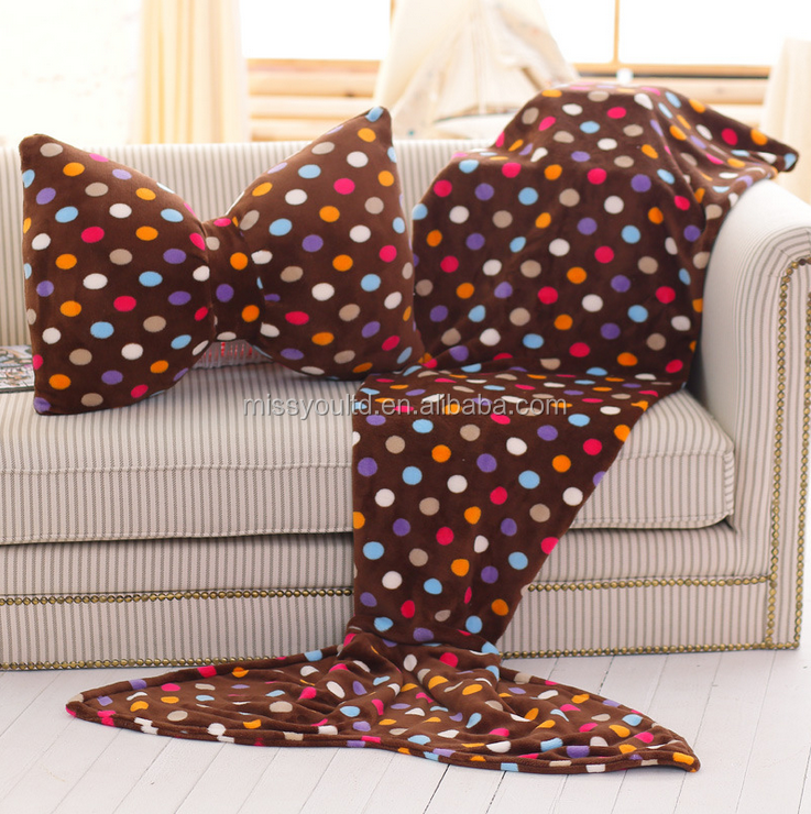 New Pattern Knitted Adult Mermaid Banket With Pillow