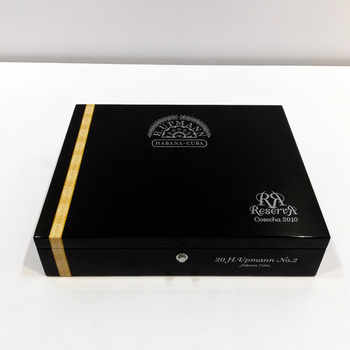 Handmade Luxury Custom Humidor Wooden Cigar Box, High Gloss Wooden Spanish Cedar Cigar Humidor Box
