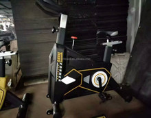 <span class=keywords><strong>Swing</strong></span> spin bike XZ903 Commerciële indoor fietsen Spinning fiets