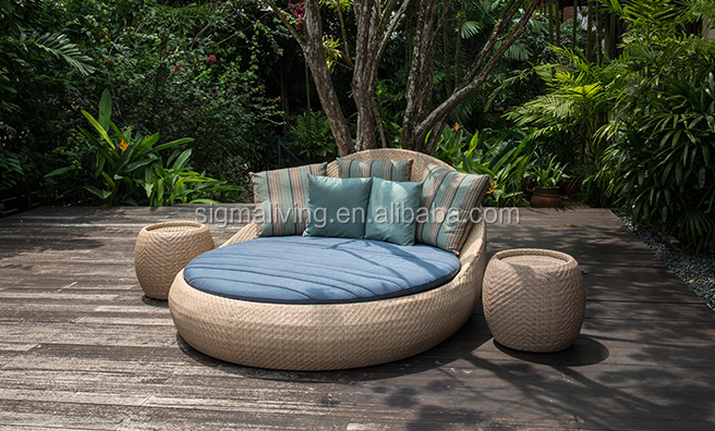 New Arrival Bali Indonesia Patio Furniture Garden Day Beds Rattan Sleeping Pod For Soft Bed Product On