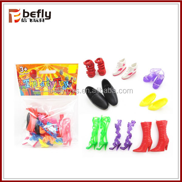 Mini plastic toy high heel shoes for doll