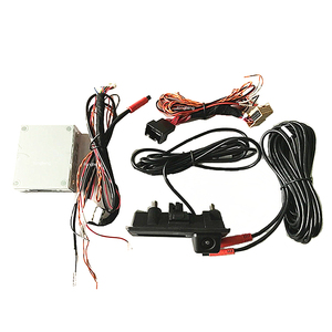 Screw Hanging Type Rearview Car Camera With Pc7070 Chip