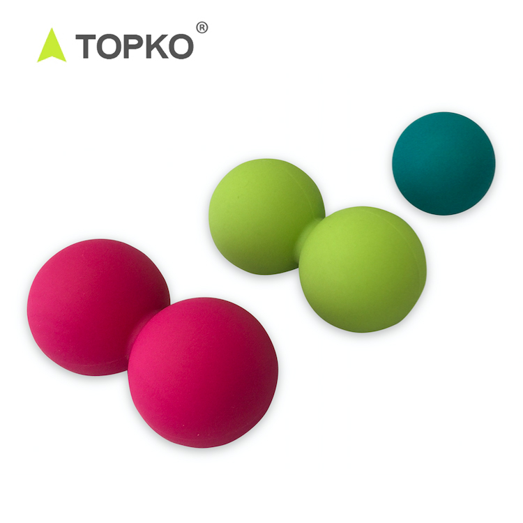TOPKO Wholesale New Non-toxic Eco Silicone double peanut Lacrosse massage <strong>ball</strong>