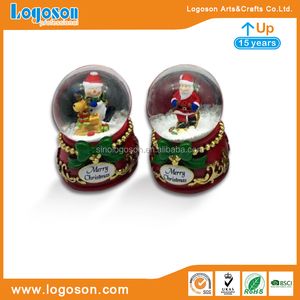 Custom Santa Claus polyresin snow globe resin water globe for Christmas