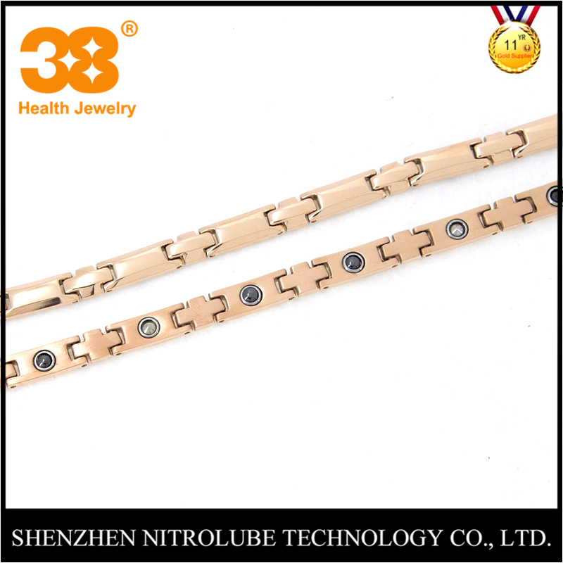 High Quality Titanium 18k Gold Necklace Jewelry with Health Function