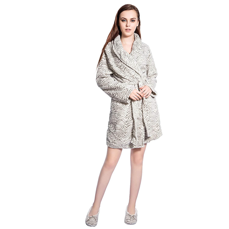 0ac152cb32 Get Quotations · FRALOSHA Plush Bathrobe Plush Robe White Women's Robe,Slippers  Bathrobes Set