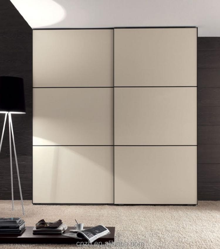Wardrobe door designs for bedroom indian bedroom for Bedroom wooden wardrobe designs india