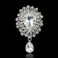 China Wholesale Price Classic Zinc Alloy vintage rhinestone crystal rhinestone brooch pin for bridal wedding invitation in bulk