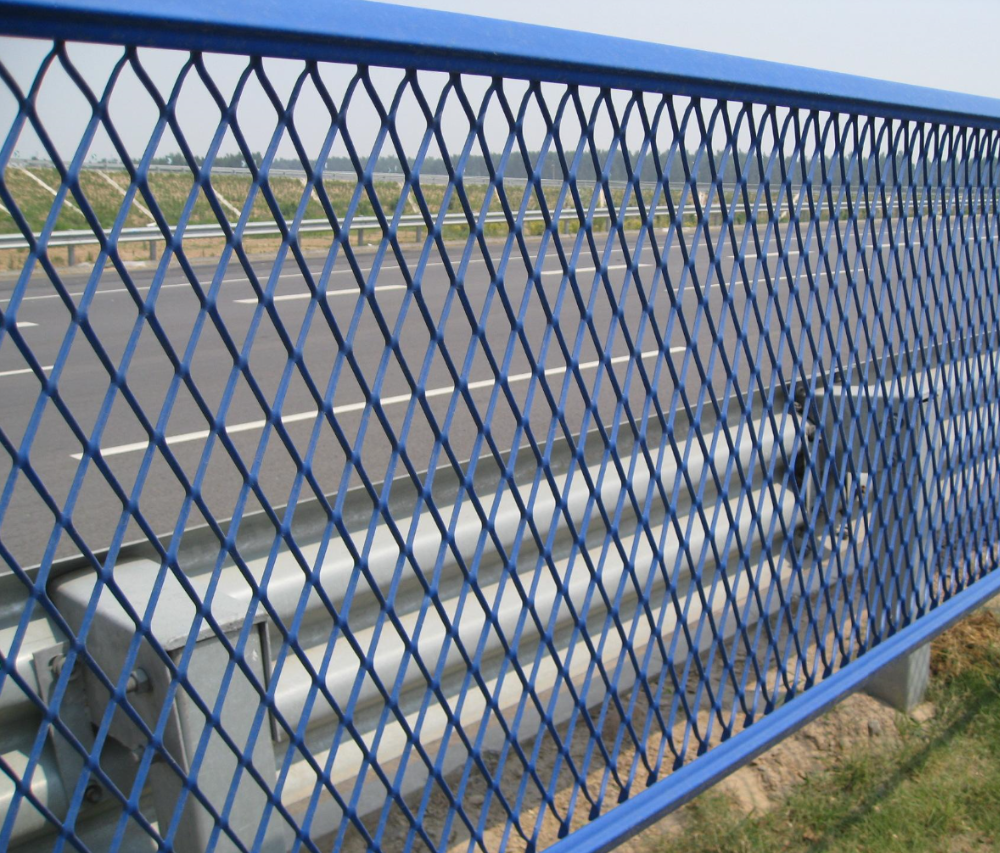Hebei Jinbiao(kinpower)gaurd fence security fence iron expanded mesh fence