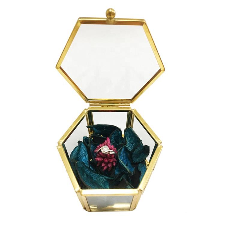 Design personnalisé petit or et verre hexagone bijoux boîte à bagues