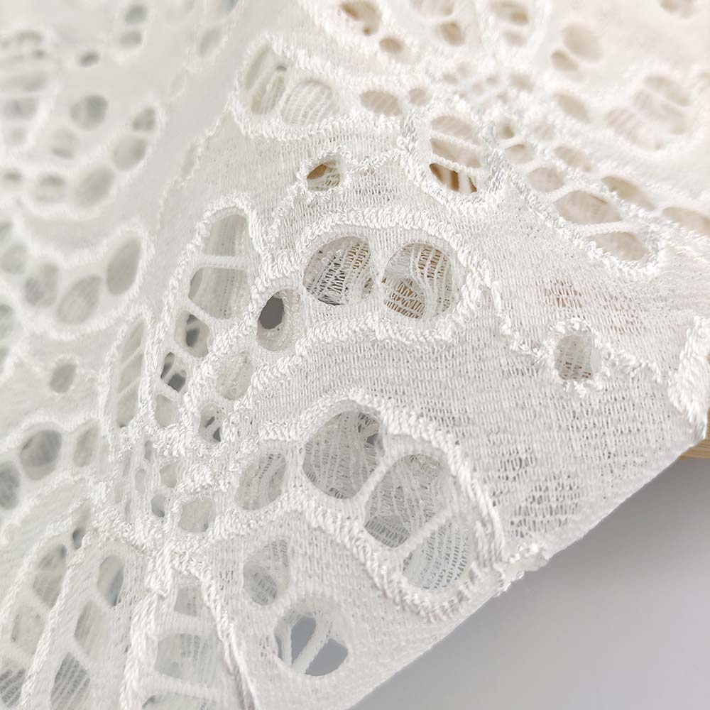 White Color Super Soft Heavy <strong>Lace</strong> Raschel <strong>Lace</strong> Fabric For <strong>Dubai</strong> <strong>Lace</strong> Market