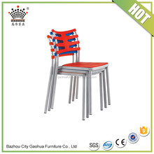 Hot sale design bucket dining chair modern metal legs dining plastic chair