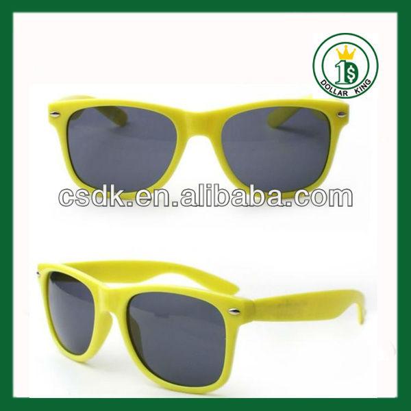 bf37a99574569 Gafas de sol de promoción de estilo de caminante más baratos con logotipo  personalizado