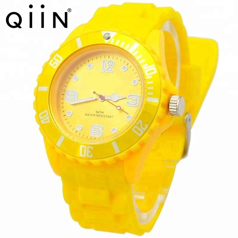 QQ209 Custom Logo 43mm Unisex Size Silicone Watch for <strong>Men</strong> and Women