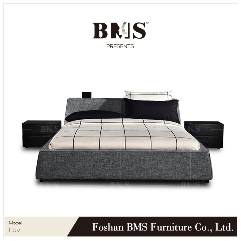 Contracted style flat headboard solid wood bed