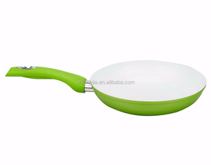 High Quality Forged Aluminum Nonstick Skillet with White Ceramic Coating and Long Plastic Handle