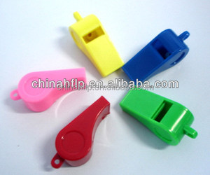 2017 promotional various color plastic sport whistle