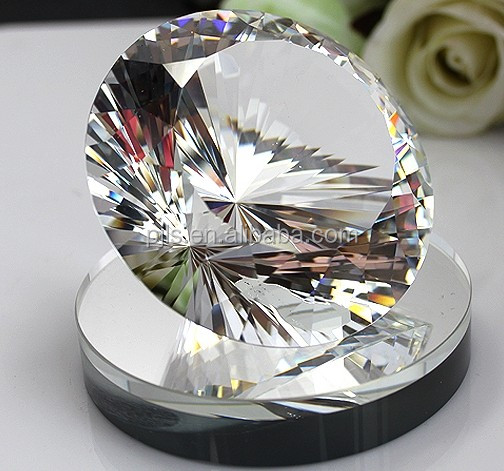 Diamond Shaped Crystal Paperweight for wedding gifts Pujiang crystal factory