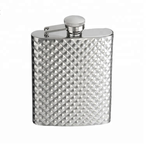 FDA Approved 304 Stainless Steel 8oz Liquor Hammered Hip Flask