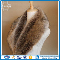 2016 Factory fashionable women faux fur collar scarf shawl for garment
