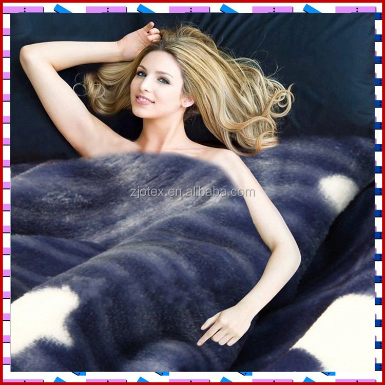 2017 top selling super soft Thick Sherpa Fleece Blanket 2 ply Blanket
