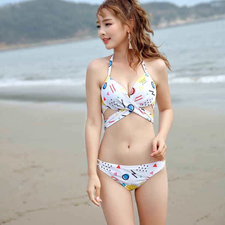 Hot Sexy Teen Bikini Young Girl Beachwear Swimwear Buy Girl
