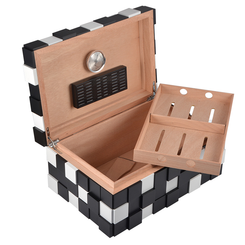 Wholesale Black and White Matt Finished Wooden Humidor Box