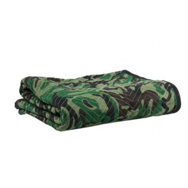 72x80 Camouflage Blanket for Hunting Camping Picnic Beach Blanket or Moving Pad