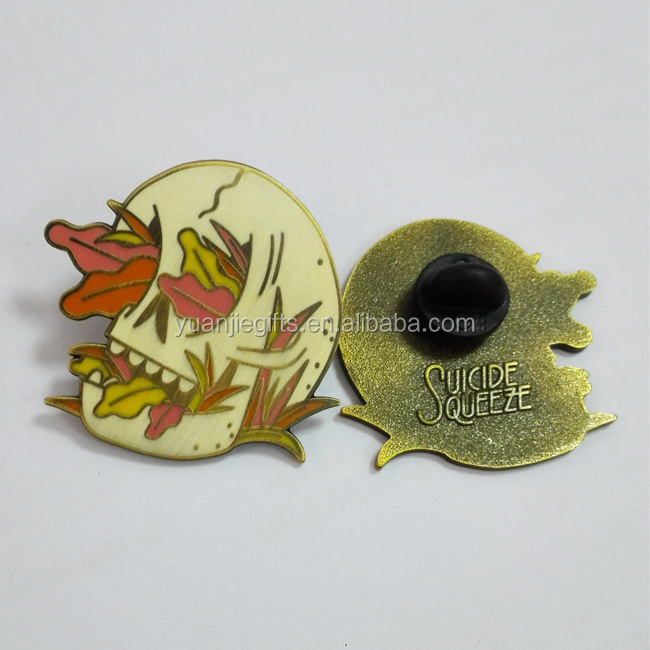 Die Cut Custom pin badge / metal badge / custom button badge pin