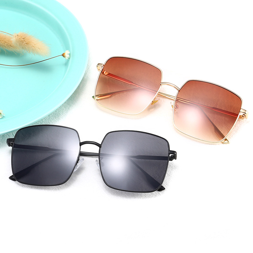 21833 Superhot Eyewear 2019 Fashion Oversized Men Women Shades Sun glasses Square Metal Sunglasses