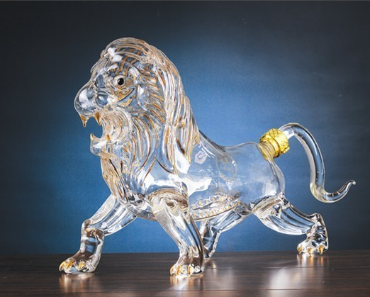 ODM / OEM Lion Shaped Decanter / Liquor Decanter for Bourbon, Whiskey, Scotch, Rum, Tequila or Any Other Alcohol