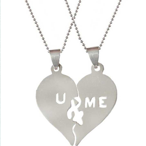 2019 Hot Jewelry Stainless Steel Pendant Romantic Couple Lovers U And ME Broken Heart Pendant NP40028