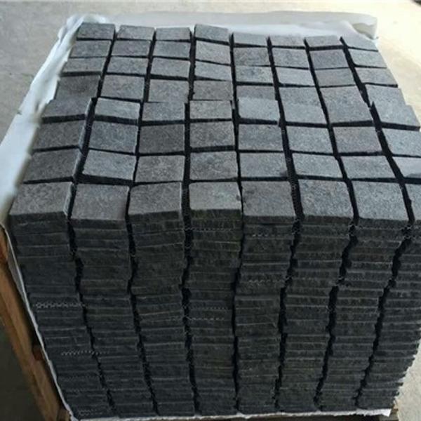hot sale black basalt cobble stone paver