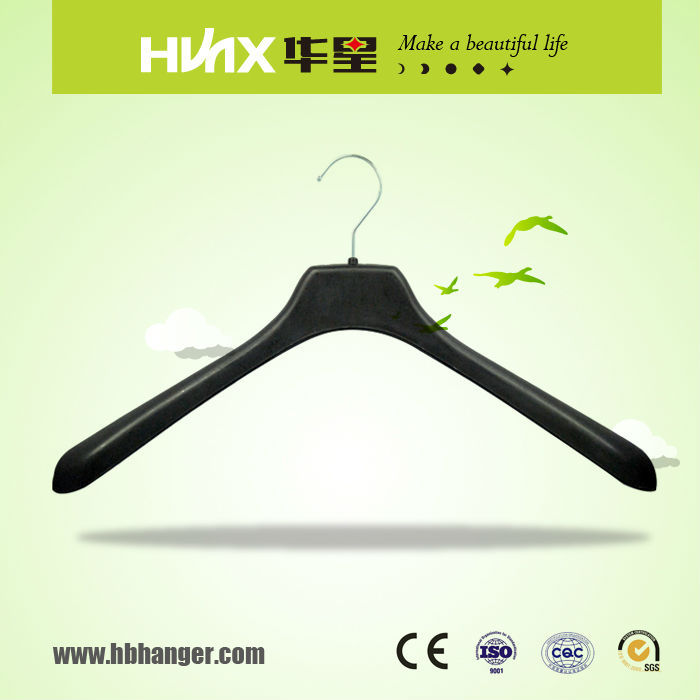 HBX549 Recycled Plastic Cloth Hanger With Hook