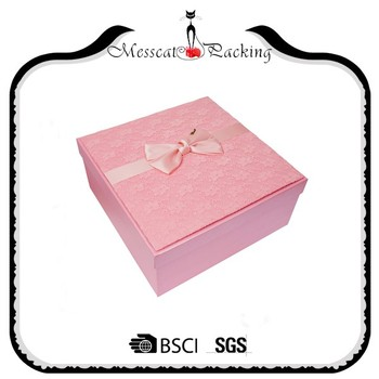 Wholesale Malaysia Elegant Pink Laser Cut 3x3x3 Wedding Favor Boxes