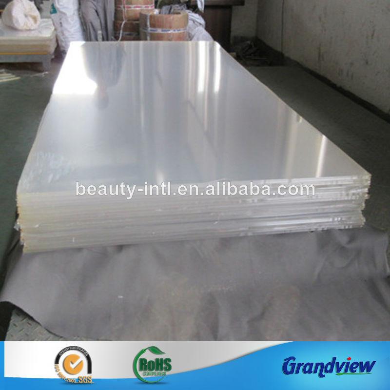Duro de gran capacidad l minas de pl stico transparente for Piscina plastico duro