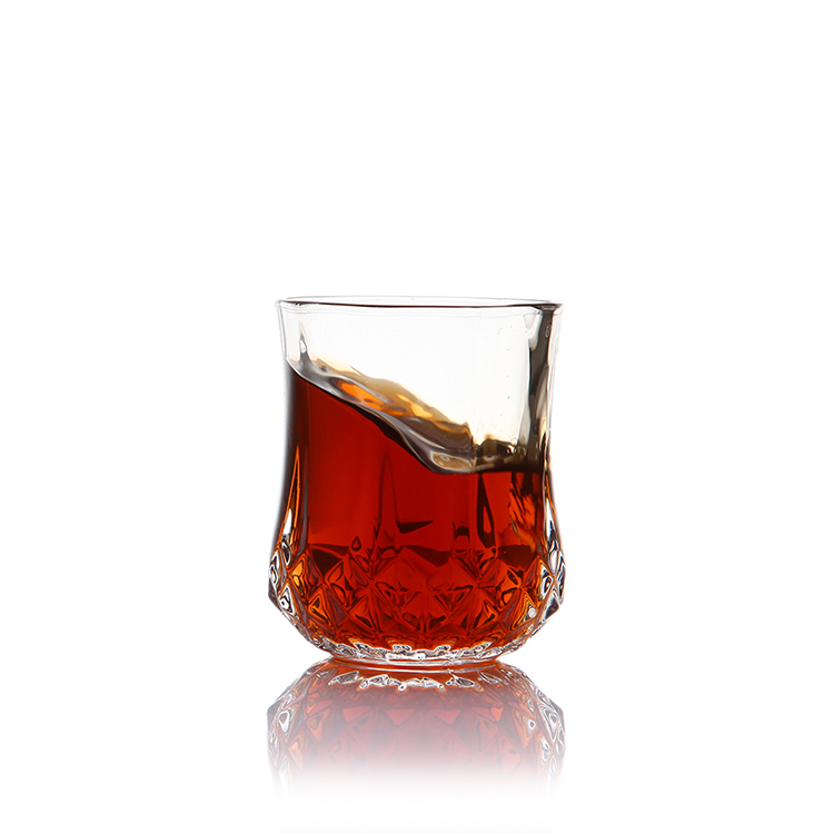 wine-glass-set-for-whiskey.png