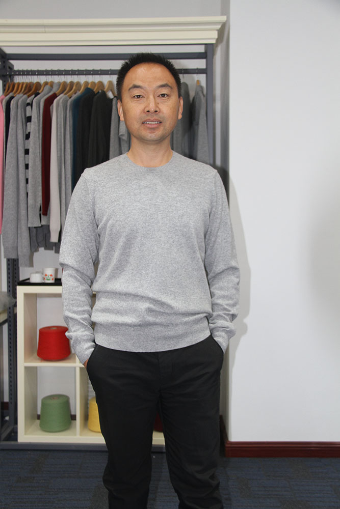 100% Cashmere Crew Neck Knit Sweater Mens