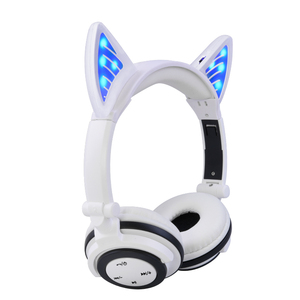 OEM ODM custom noise cancelling over head colorful cute glowing cat headphone with wireless