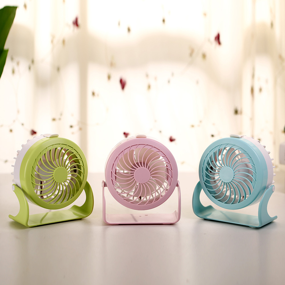 Amazon Hot Selling Elektron Industriële Prijs USB Mini Fan Oplaadbare Tafel Fan Kronkelende Machine