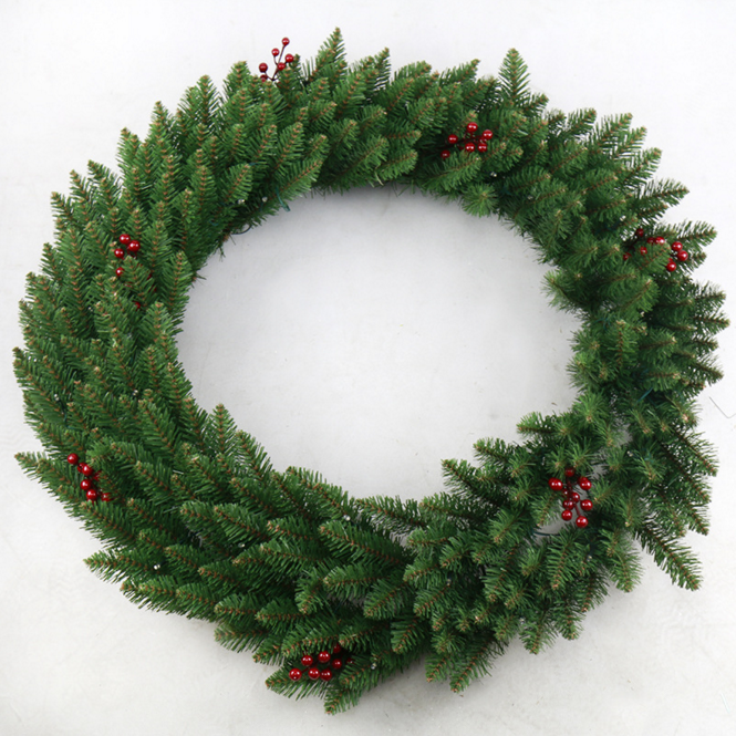China 60cm PVC artificial pine foliage and red berry decoration Christimas wreath