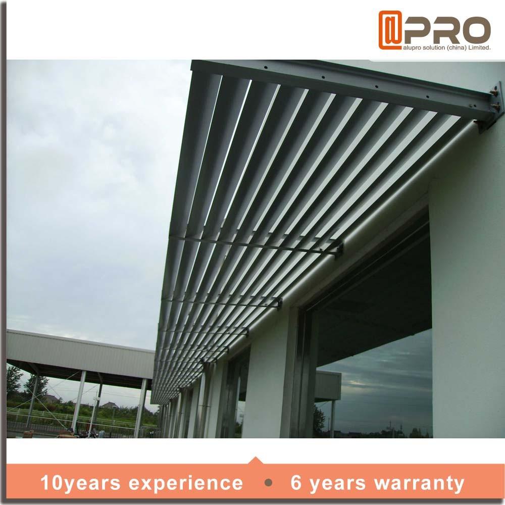 De aluminio al aire libre patio persiana motorizada techo for Persiana claraboya