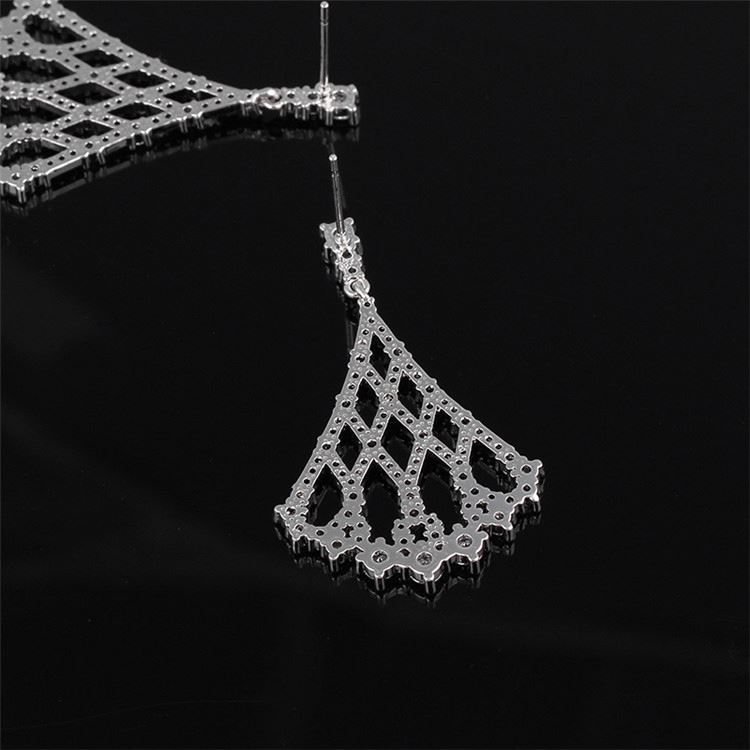 Manufacturer sale superior quality bright crystal bead hoop earrings