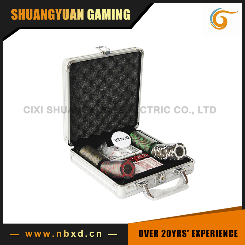 100pcs Poker Chip Set With Aluminum Case, 16g Metal Poker Chip