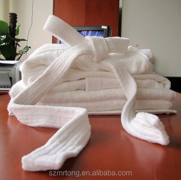 Hotel towels and bathrobes supplier