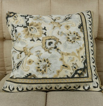 China Suppliers High Quality Best Bright European Flower Design Cushion Covers