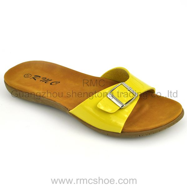 RMC Slide Buckle Strap wholesale slippers