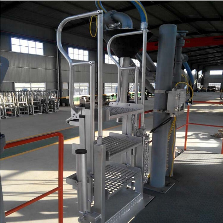 4 Steps Hot Galvanizing Folding Stair with Safety Cage