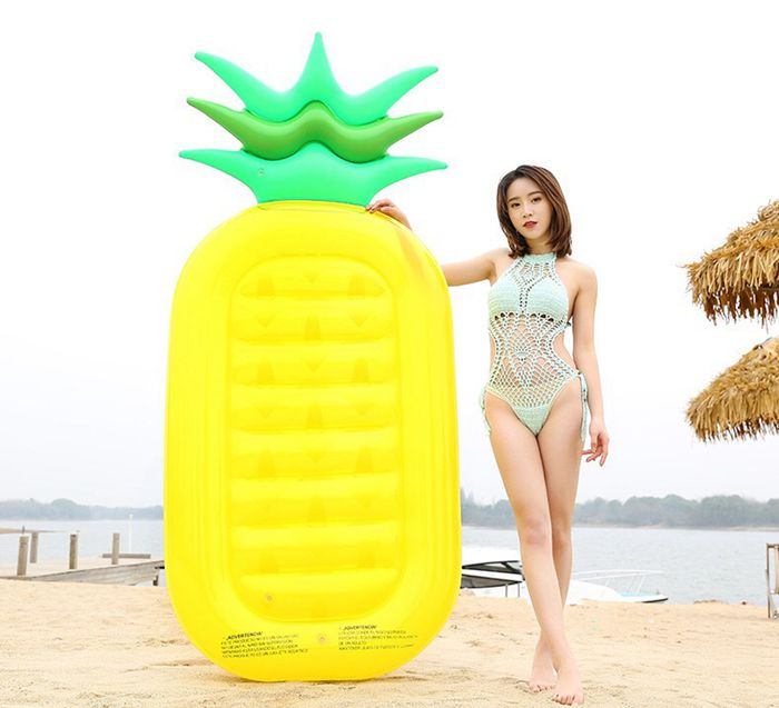 2019 New Summer Inflatable Pinaapple Beach Inflat Float for Adult
