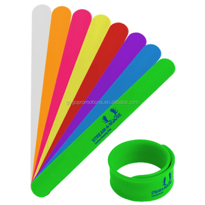 2019 Newest Promotional Cheap Custom Silicone Slap Bracelet slap snap bands with high quality